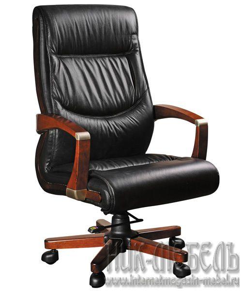 Корея-Кресло для руководителя Impreza