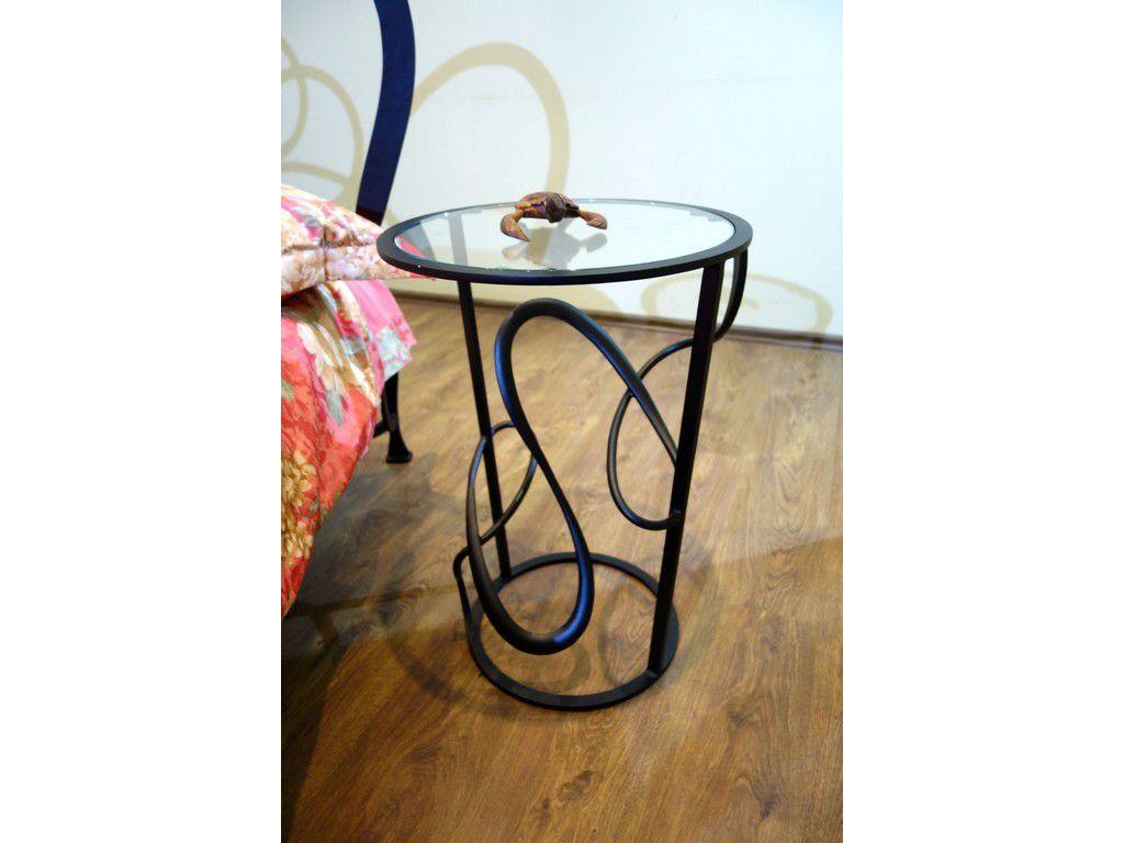 Прикроватный столик арт.004