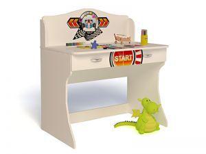 Детский письменный стол Sport