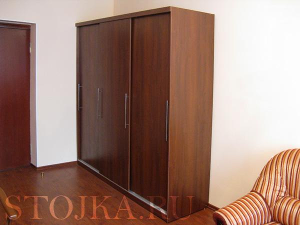 Шкаф-купе для гостиничного номера